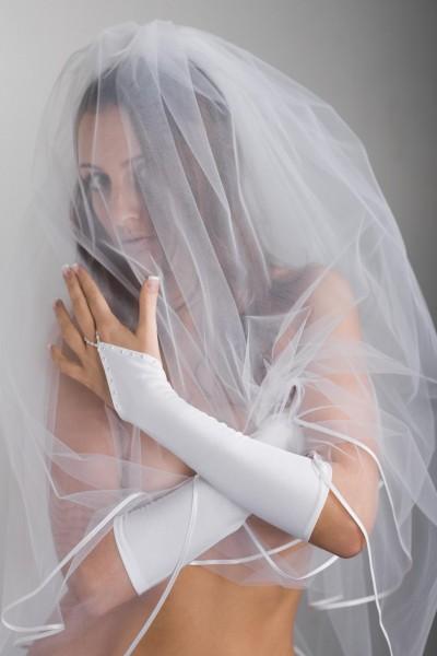 Brauthandschuhe mit Perlen
