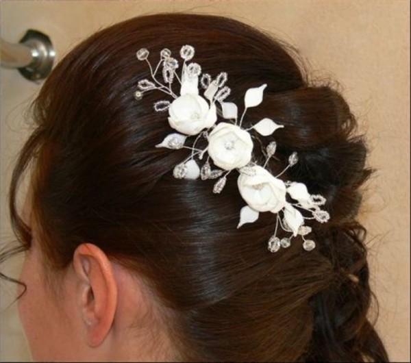 Haarschmuck mit 3 Satinblumen
