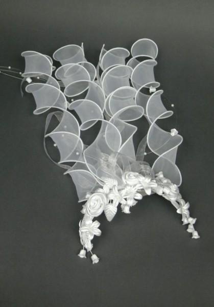 Rosengesteck mit Organzabändern