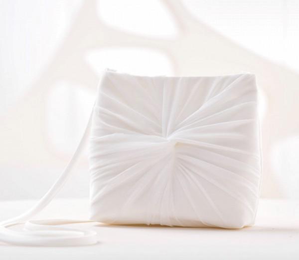 Brauttasche/ Kommuniontasche aus Tüll